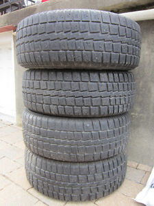 4 winter Tires set for jeep size 235/70r15