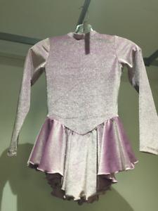 Robe de patin pour fille ( lilas )