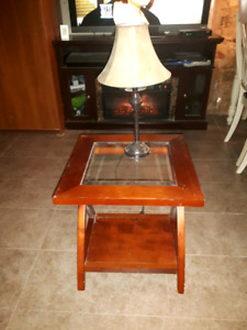 2x small end tables