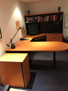 *Clean* Office set. Great price!