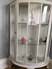 China /display cabinet
