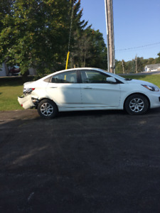 Damaged-rebuilder 2014 Hyundai Accent gls