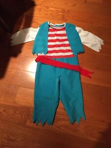 Pirate costume size 4-6