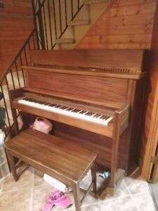 Free piano. Must be able to move without help (disabled owner).