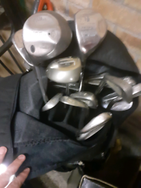 Left handed Set GOLF CLUBS WITH BAG in BIG BERTHA