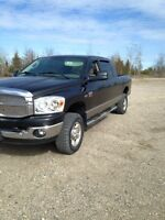 2008 Dodge Power Ram 2500 SXT Pickup Truck