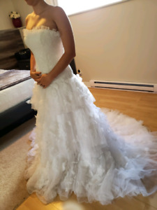 STUNNING wedding dress - AMAZING deal
