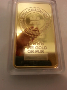 1 Oz .9999 uncirculated gold plated.