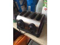 Purple 4 slice toaster.
