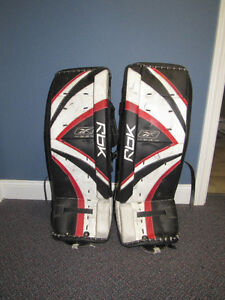 Junior Goalie Pads - 29""