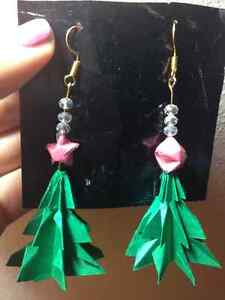 Origami earring made of Christmas tree with pink star top