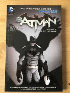 Batman: Vol2 The City of Owls comic book/trade paperback