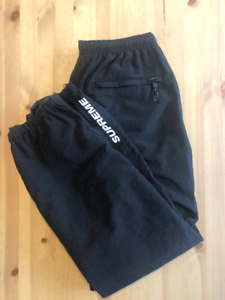 Supreme FW18 Warm Up Pant