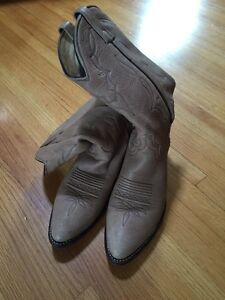 Cowboy Boots for sale! 2 pair Mens Size 8 Great condition! Regina Regina Area image 2