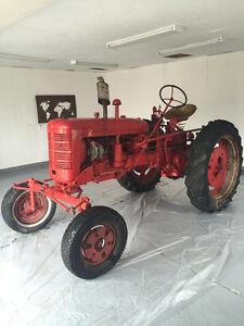 Tracteur farmall 1952