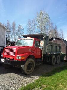 Crush Rock Top Soil Hauled - Tandem Gravel Truck