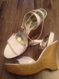 GUESS By Marciano size 6.5 Kitchener / Waterloo Kitchener Area image 1