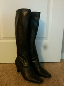 Pair of Brown Boots (US size 9.5 women's)