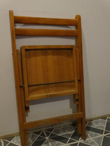 REDUCED Wooden Vintage Chair from the 60s or earlier?? Gatineau Ottawa / Gatineau Area image 2