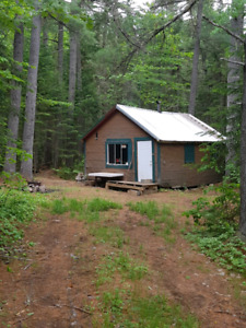 Camp for sale on lease land in elgin, nb