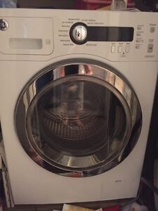 GE Front Load Washer  LBN - 2.6 cu.ft