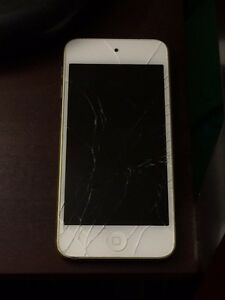Un ipod touch 5 or 16g