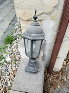 Outdoor light - $40 OBO