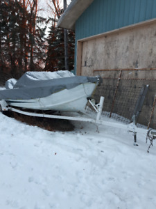 16ft starcraft openbow  supersport with 1990's 90hp