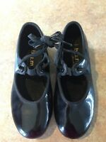 Tap shoes size 11