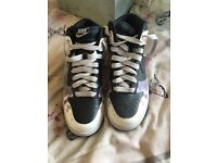 BNWOT Nike ladies trainers size 4.5