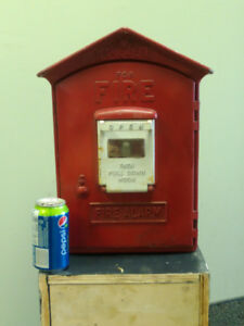 Antique Fire Alarm Pull Station (1)