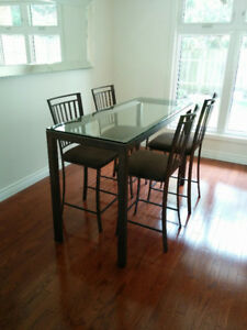 Bar style kitchen table with chairs