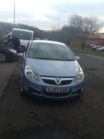 Vauxhall corsa 1.2 in good condition comes with mot