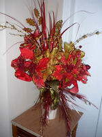Red and Gold flowers ... As shown:Clean,SmokeFree