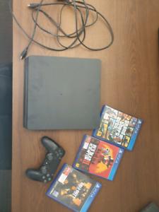 PS4 Slim 1TB 3 games