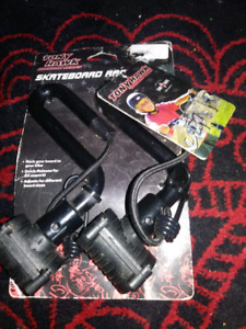 tony  hawk skateboard  rack new