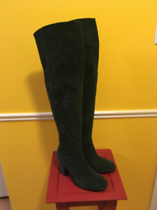 Never Worn Over the Knee Suede Kelsi Dagger Brooklyn 9.5 Green