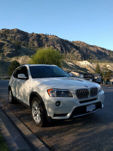Fully loaded 2013 BMW X3 SUV