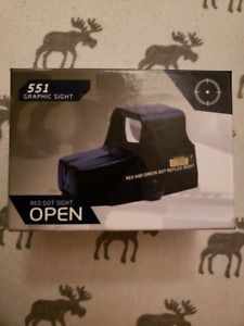 BRAND NEW RED DOT SIGHT/ HOLOGRAPHIC SIGHT