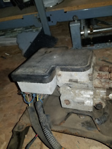 abs module from 1996 gmc, chev 2500 pick-up