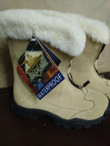 Bottes d'Hiver en Suède Kamik© Suede Winter Boots!