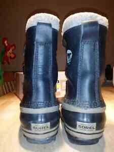 Boy's Sorel winter boots Size 3 West Island Greater Montréal image 3