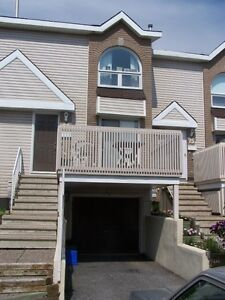 Centerpointe..Executive Townhouse...A must see!!!