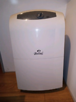 WindChaser Portable 30- Pint Dehumidifier ( For Parts )
