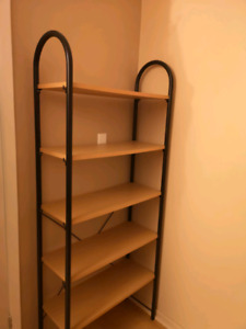 Ikea shelf in very good condition