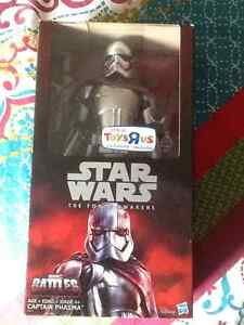 "Star Wars figure12"" Captain Phasma Windsor Region Ontario image 1"