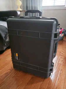 Lightly used pelican case 1560 and organizer