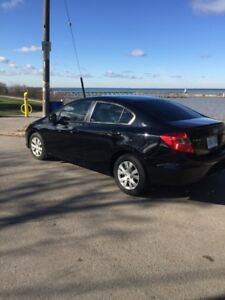 HONDA CIVIC 2012 *NEW TIRES* GREAT CONDITION