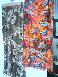 Ladies' Long Skirts & Sarongs West Island Greater Montréal image 1
