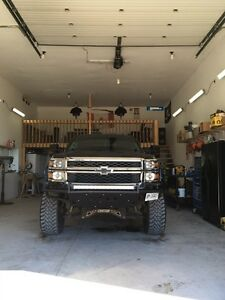 Custom lifted 2014 Chevy  Stratford Kitchener Area image 4